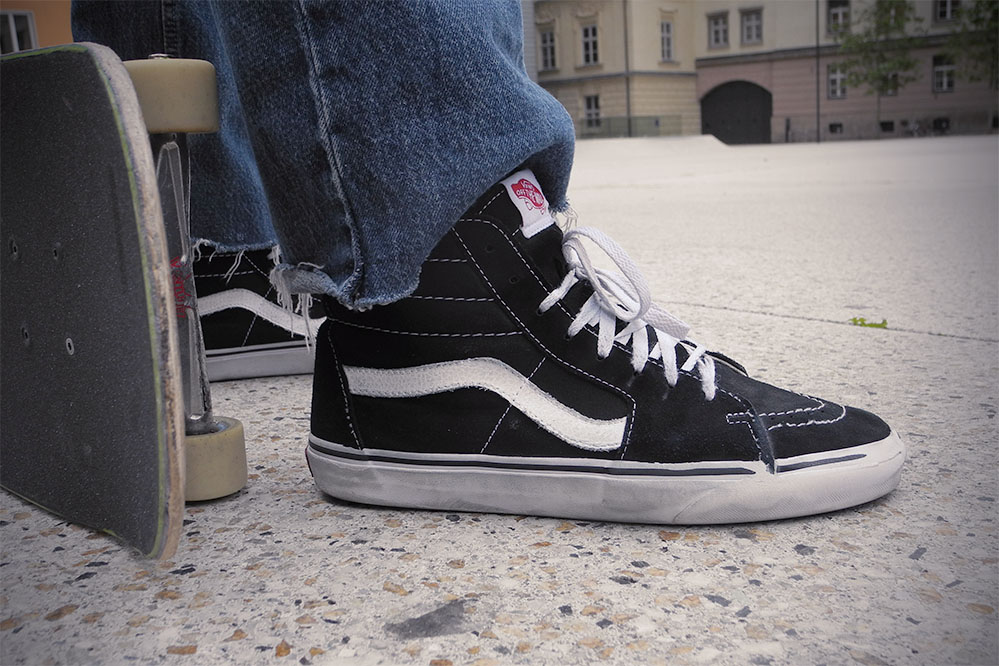 skate style shoes