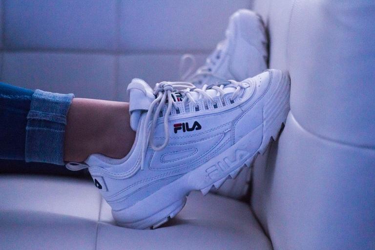 womens-sneakers-3.jpg