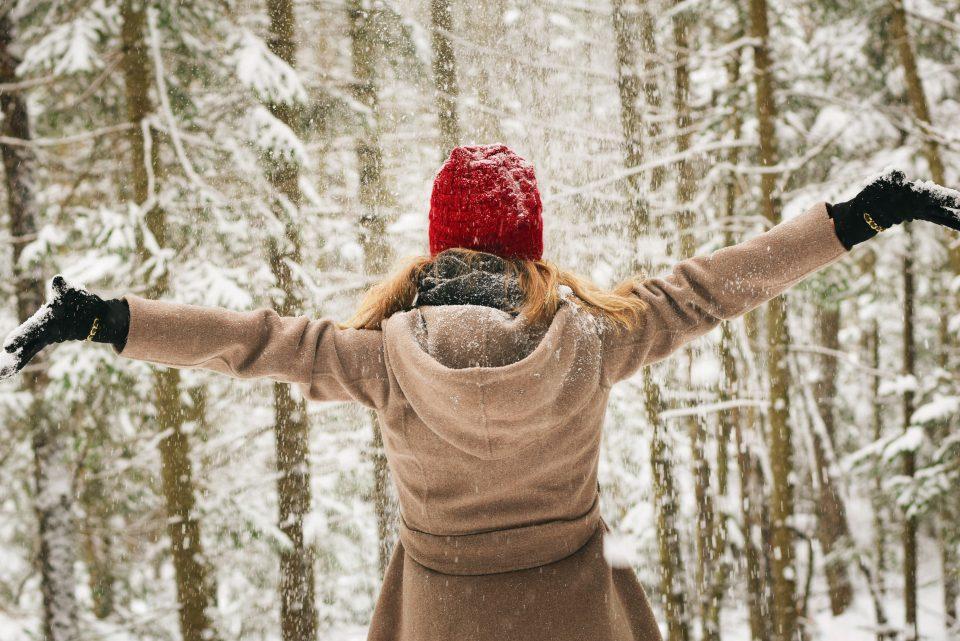 bonnet-cheerful-cold-700535-960x641.jpg