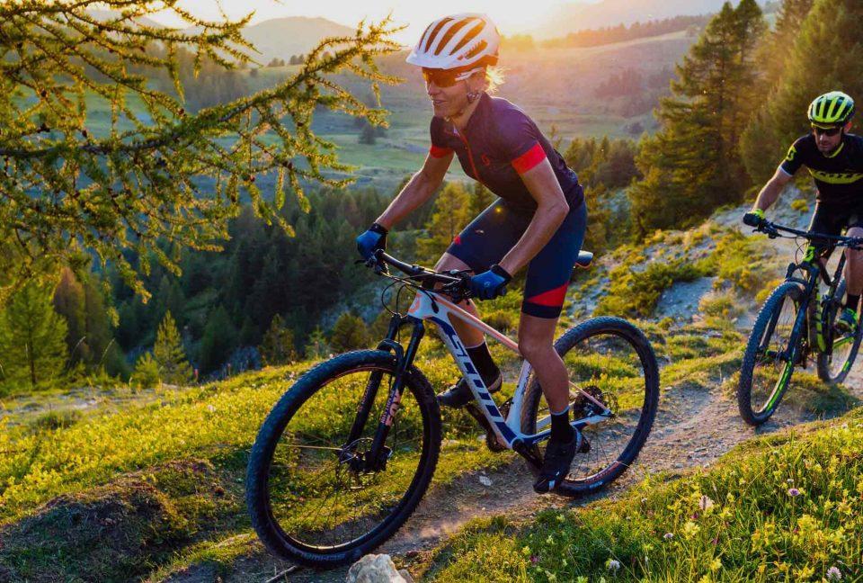 cyclist-with-bike-960x648.jpg