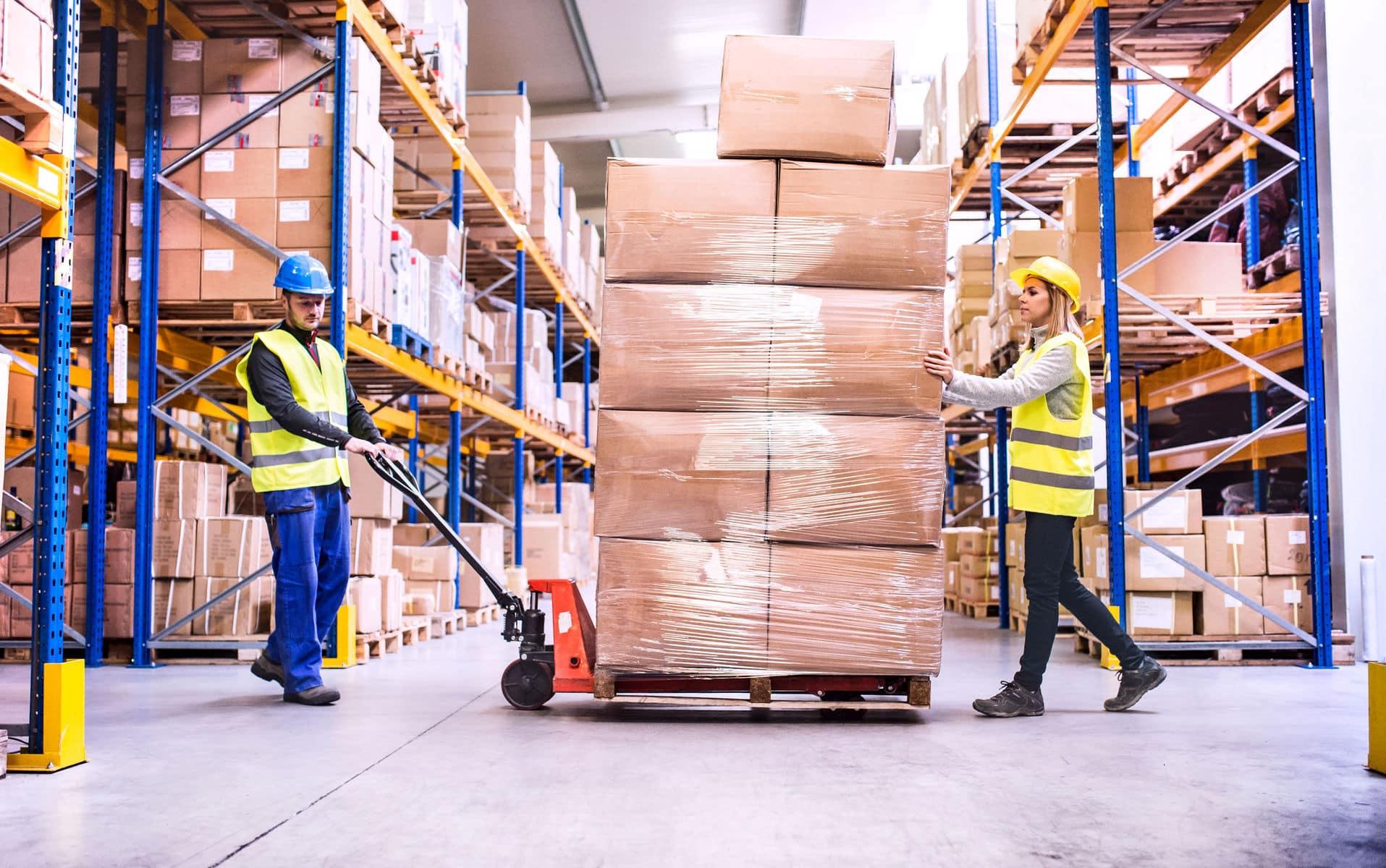 moving warehouse equipment manual lift
