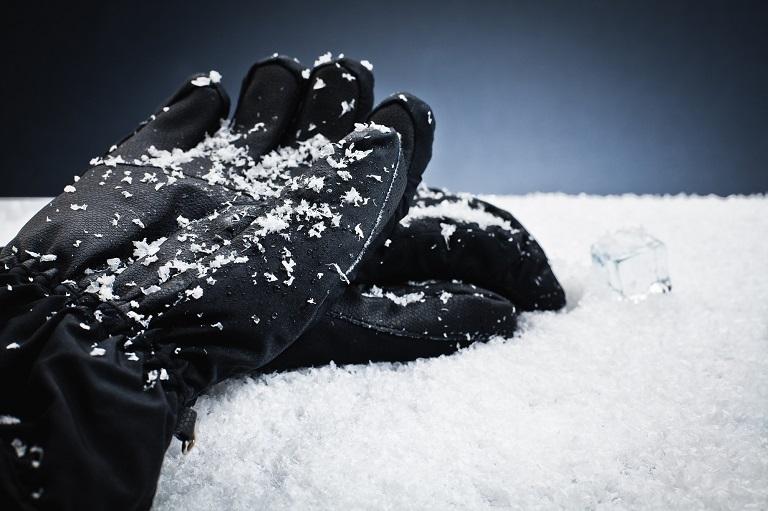Snowboard gloves for men