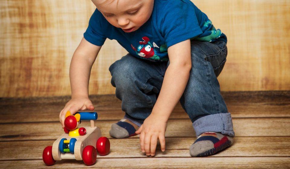 wooden-toys-for-kids-960x560.jpg