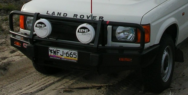 bullbar on land rover
